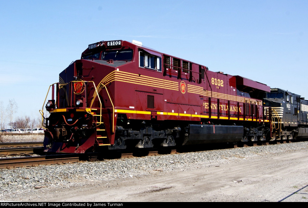 NS 8102