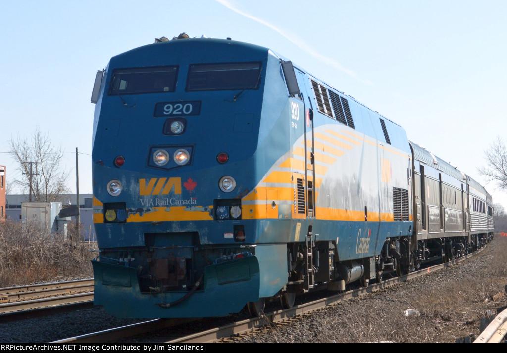 VIA 920 on train 57