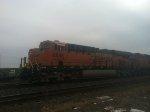 BNSF ES44C4 6945