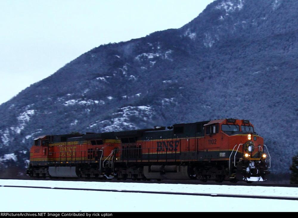 BNSF 1102 & 5580