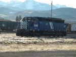 MRL 352 SD45 in front of Sleeping Giant