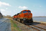 BNSF 6413 Sitting pretty next to the Old Mississippi river.