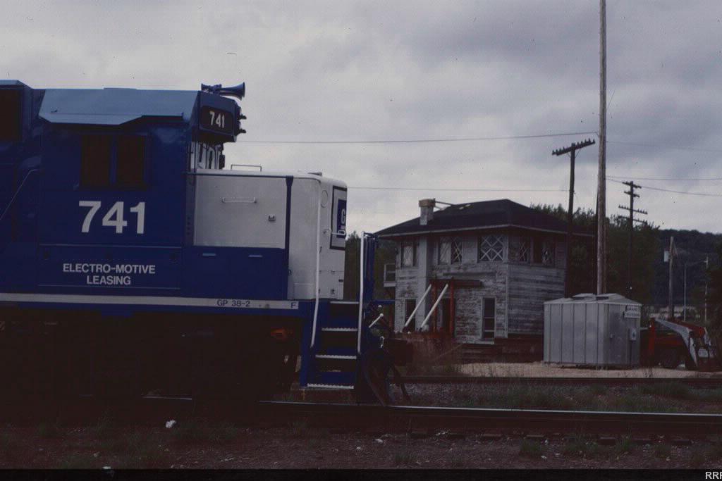 EMD 741