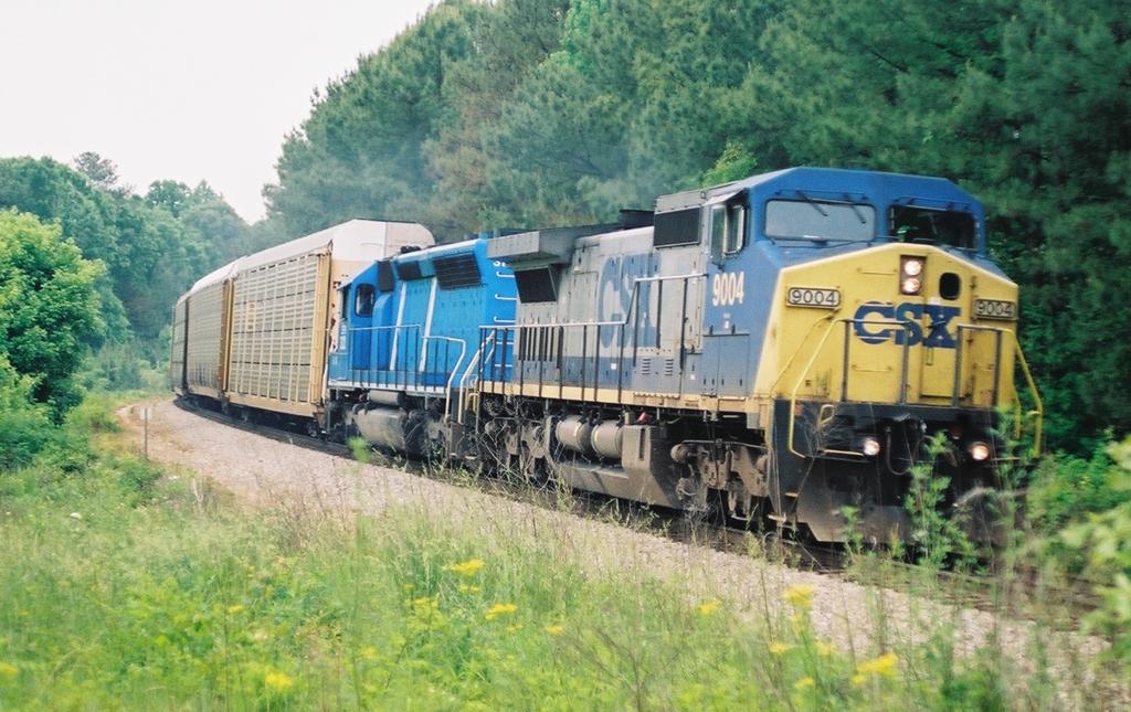 CSX 9004 NB 05/11/2004