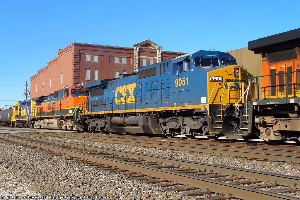 CSX 9051 on BNSF train