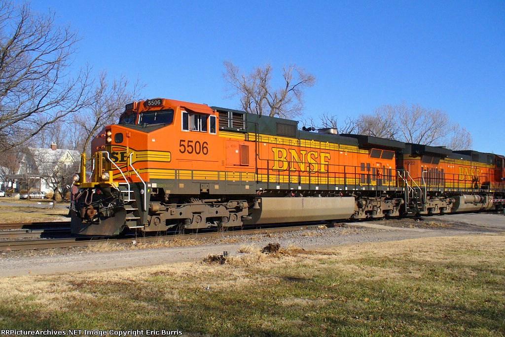 BNSF 5506 westbound