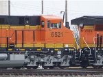 BNSF ES44C4 6521