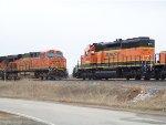 BNSF SD40-2 1888 & BNSF ES44DC 7437
