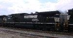NS 8899 rear