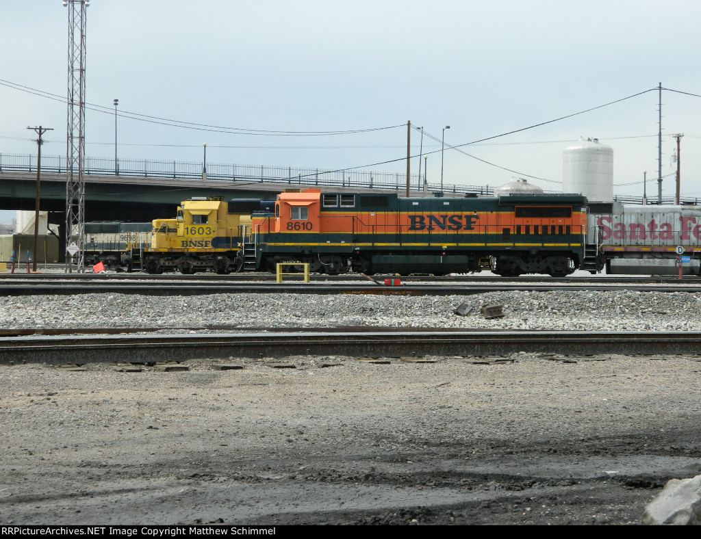 3 Out Of The 4 Units In View Are Ex-Santa Fe