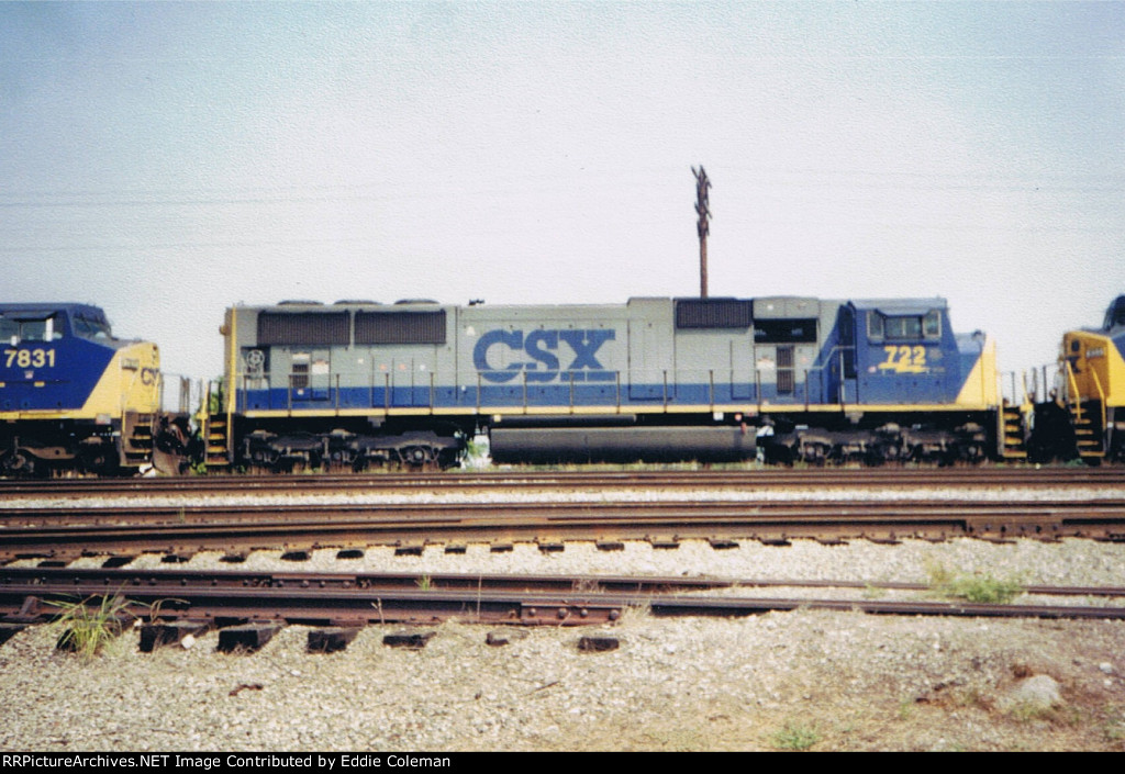 CSX SD70MAC #722