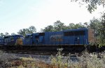 CSX 4702 sits in the dead line