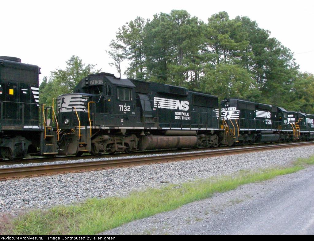 NS 7132