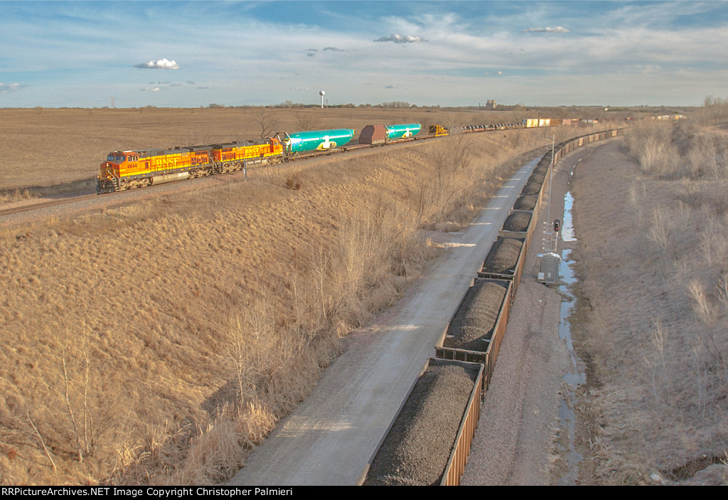 BNSF 4644 Leads H-KCKPAS9-06