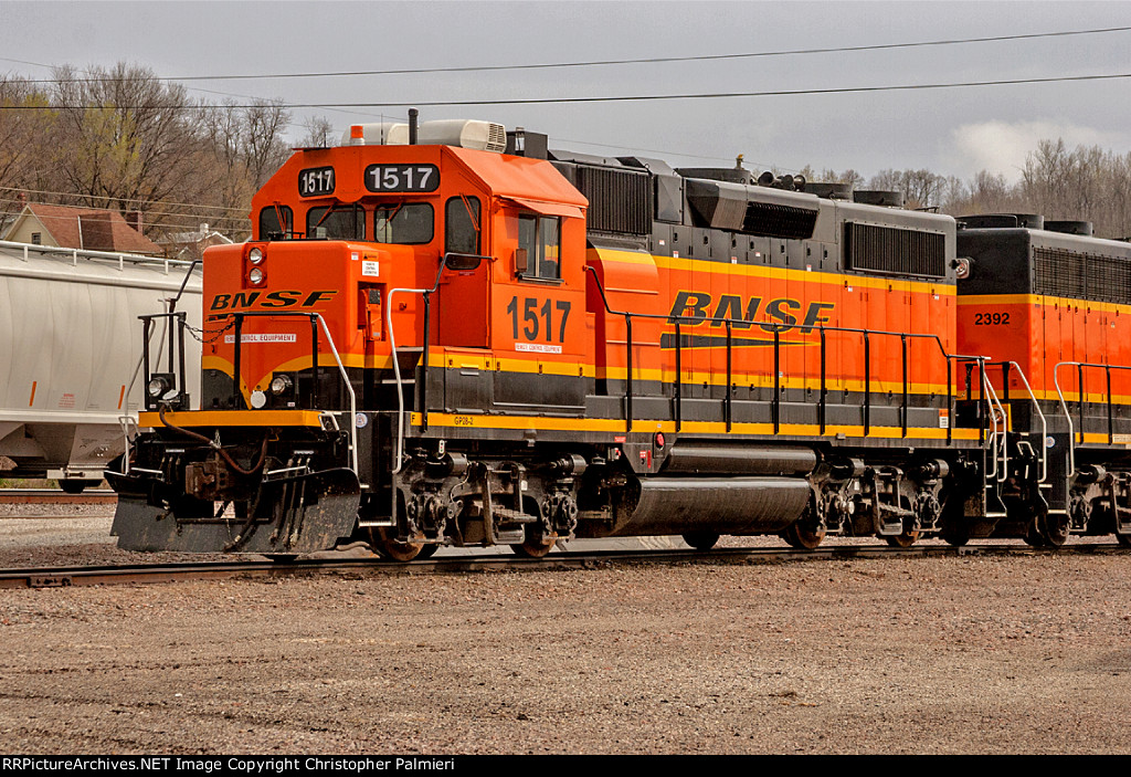 BNSF 1517