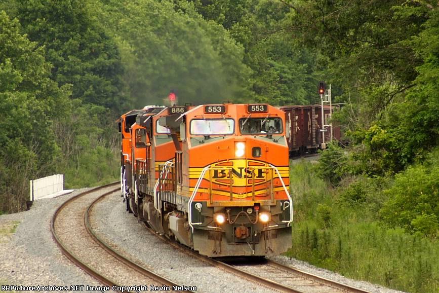 BNSF 553 B40-8W