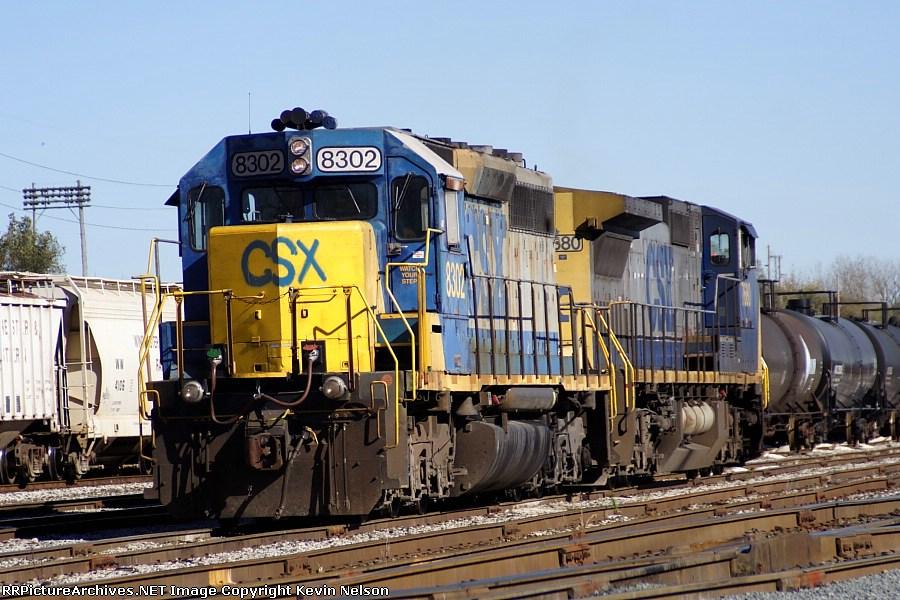 CSX 8302 SD40-2