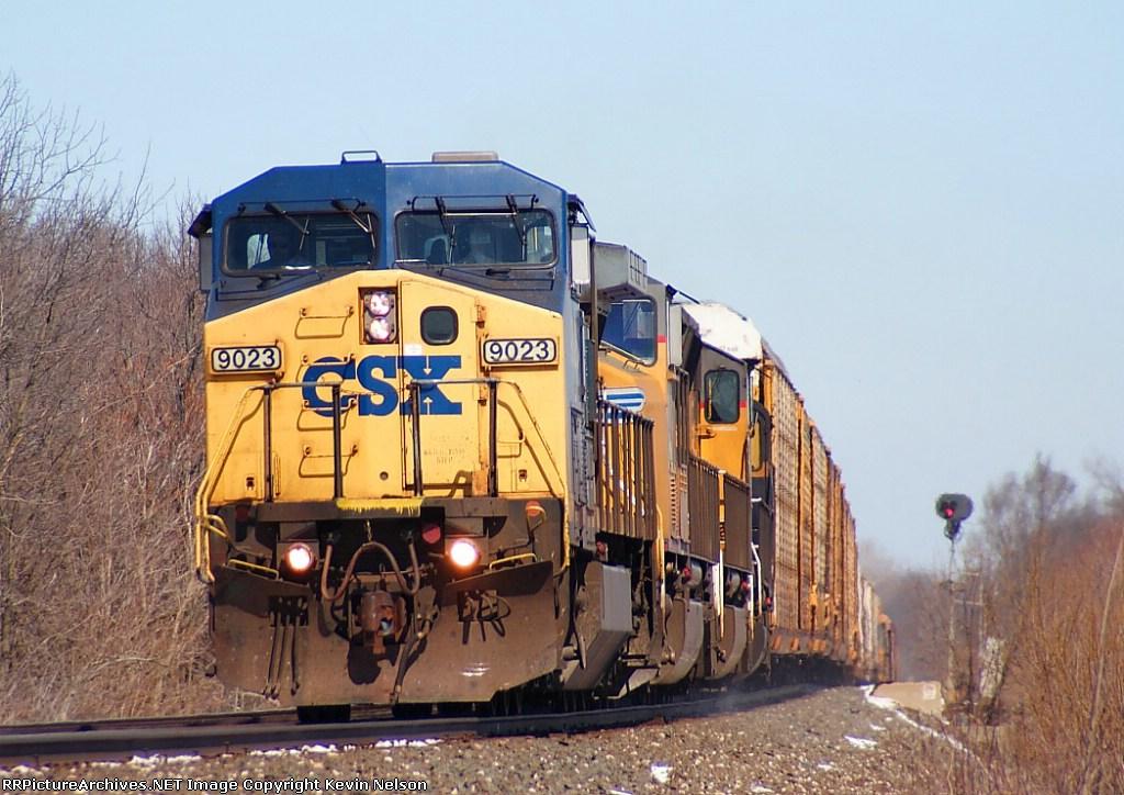 CSX 9023 C44-9W