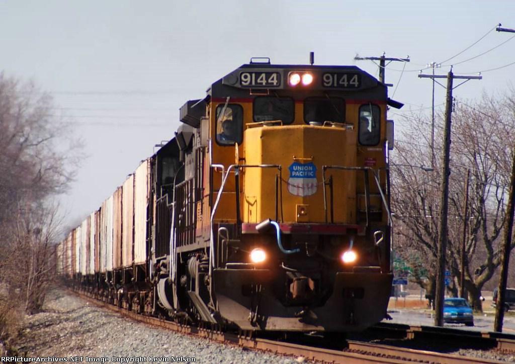 UP 9144 C40-8