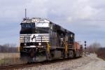 NS 7536 ES44DC