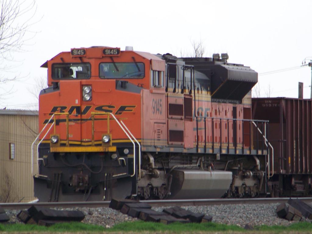 BNSF SD70ACe 9145