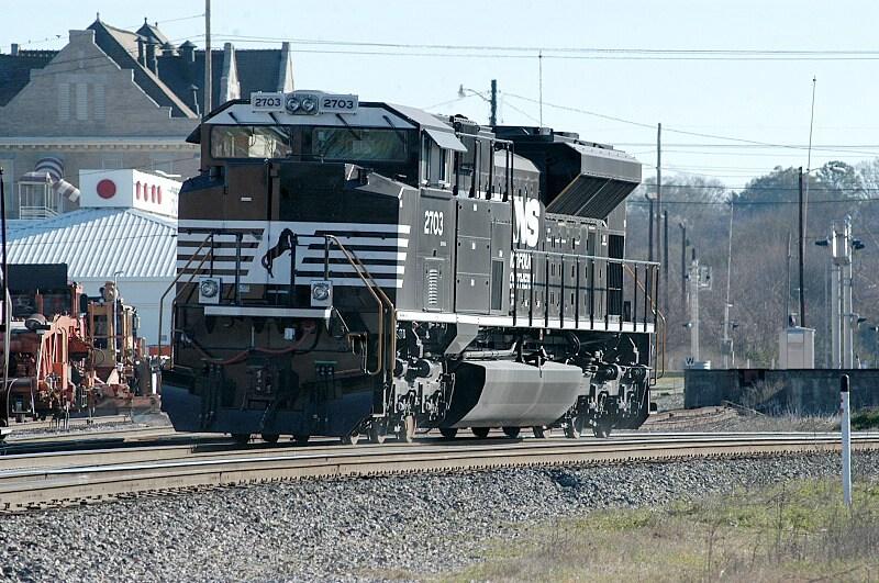 NS 2703