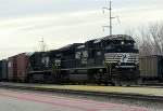 NS 1082