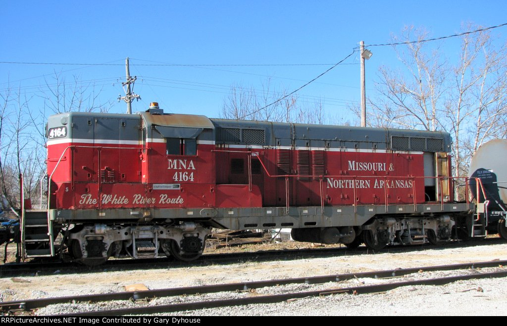 MNA 4164