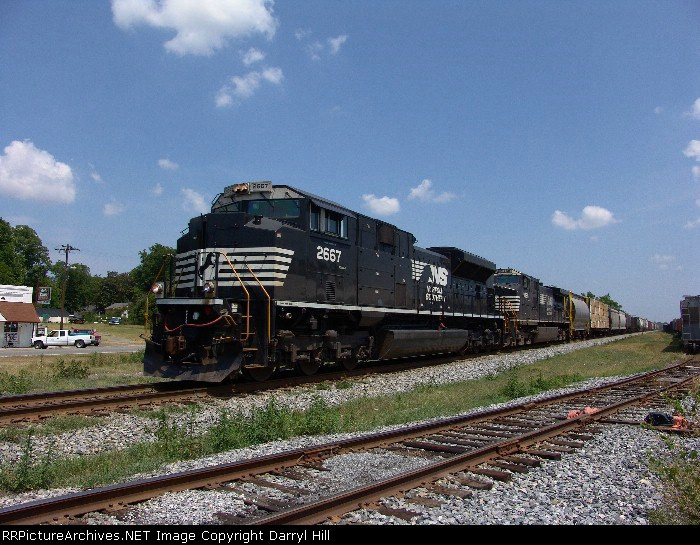 NS 2667 keeping the crew cool in Georgia 100 degree heat