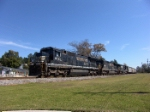 NS 8723 leads a trio of C40-8's