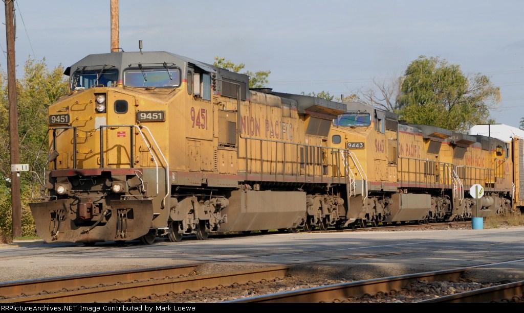 UP 9451 at Norma