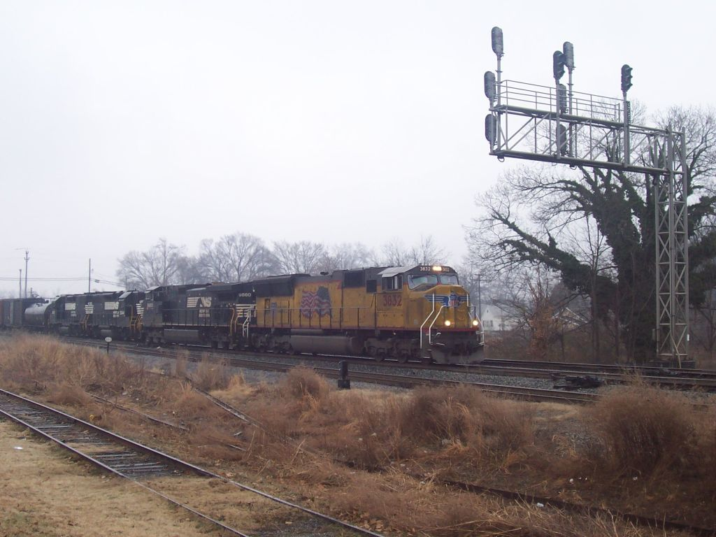 NS-P61 with UP 3832