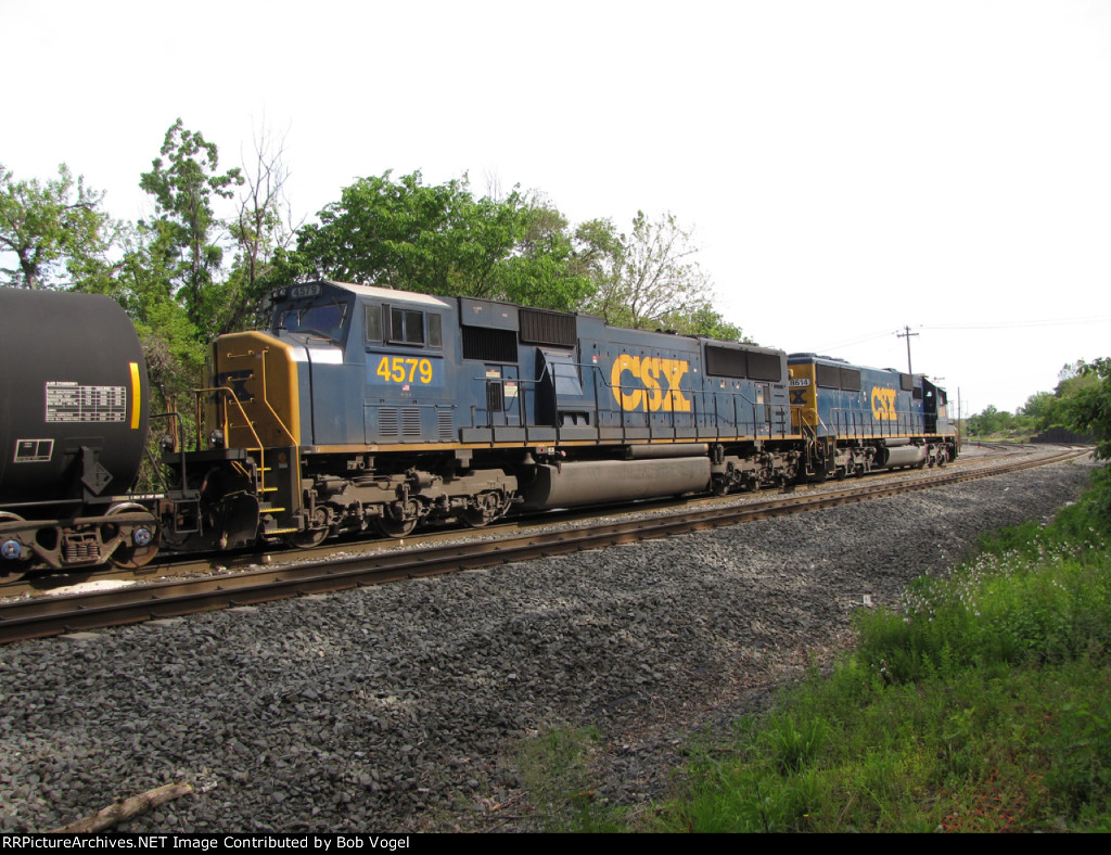CSX 4579 and 8614