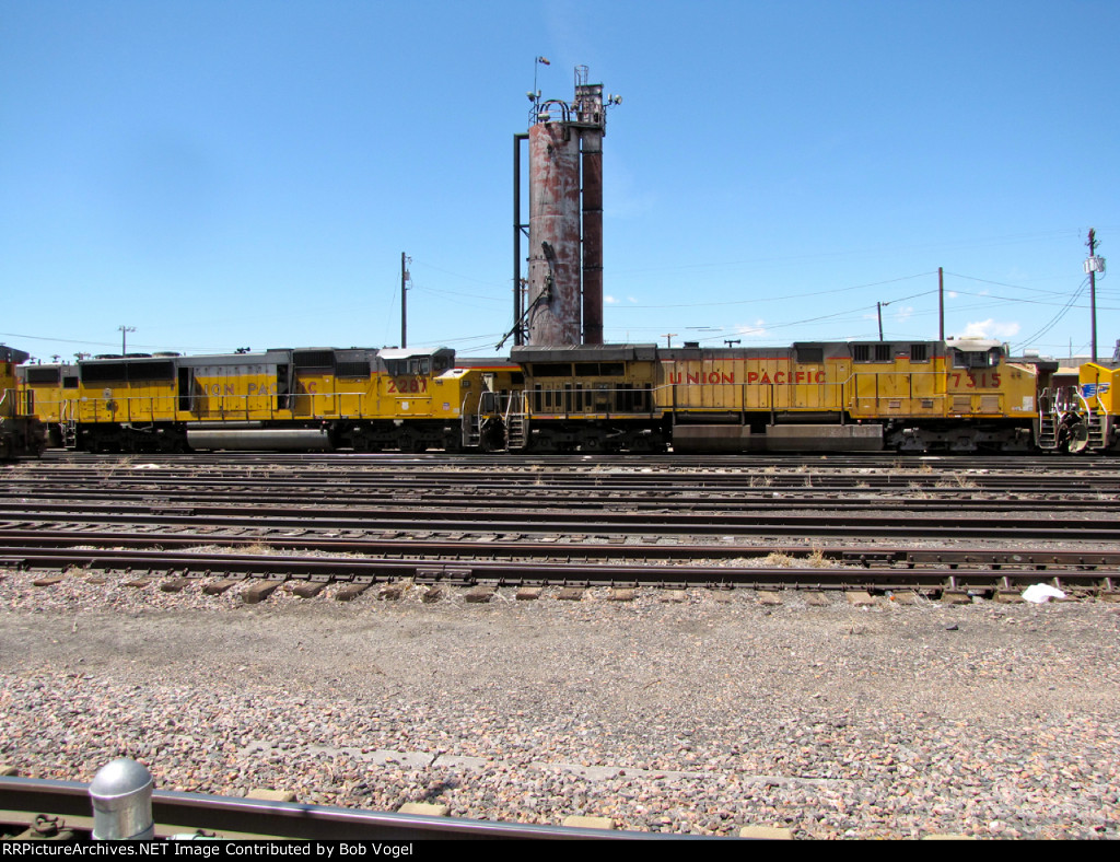 UP 7315 and 2287