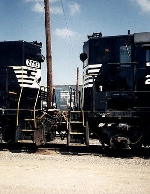 GP38's in the dead line