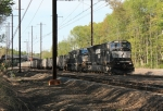 NS 7004 and empty hopper train 593