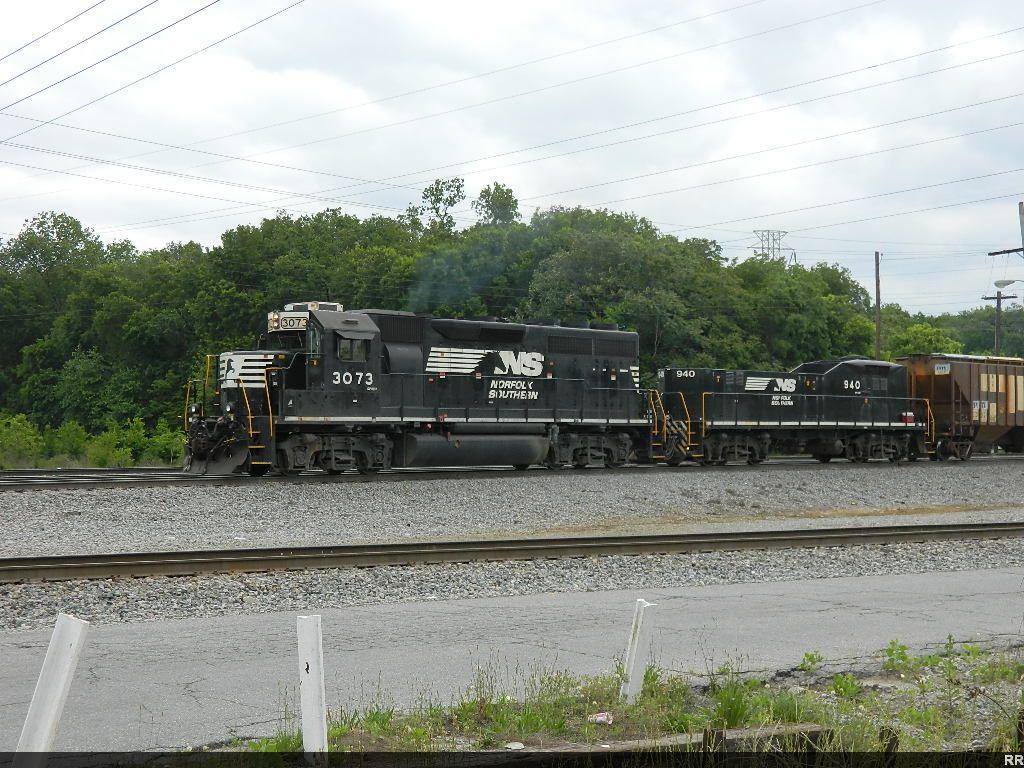 NS 3073(GP40-2) 940(RP-E4D)
