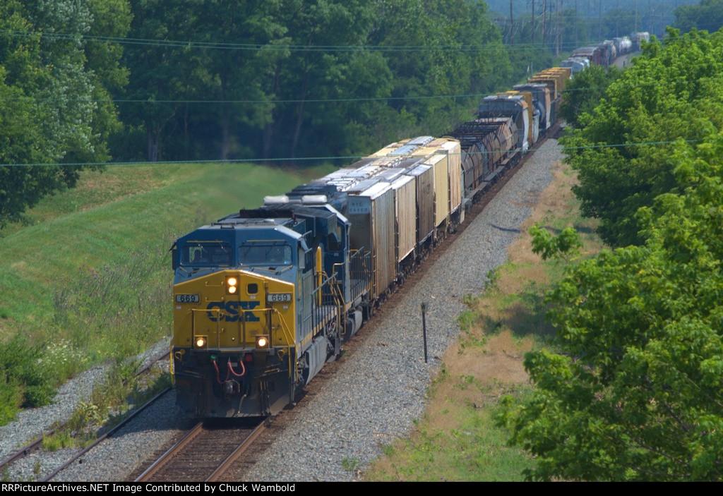 CSX 669 - Southbound at Miamisburg Ohio