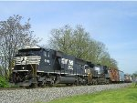 NS 6906 On NS 177 Eastbound