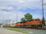 BNSF 6721 On NS 289 Southbound