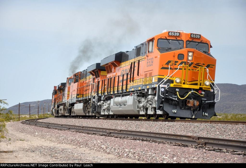 Eastbound intermodal throttles up
