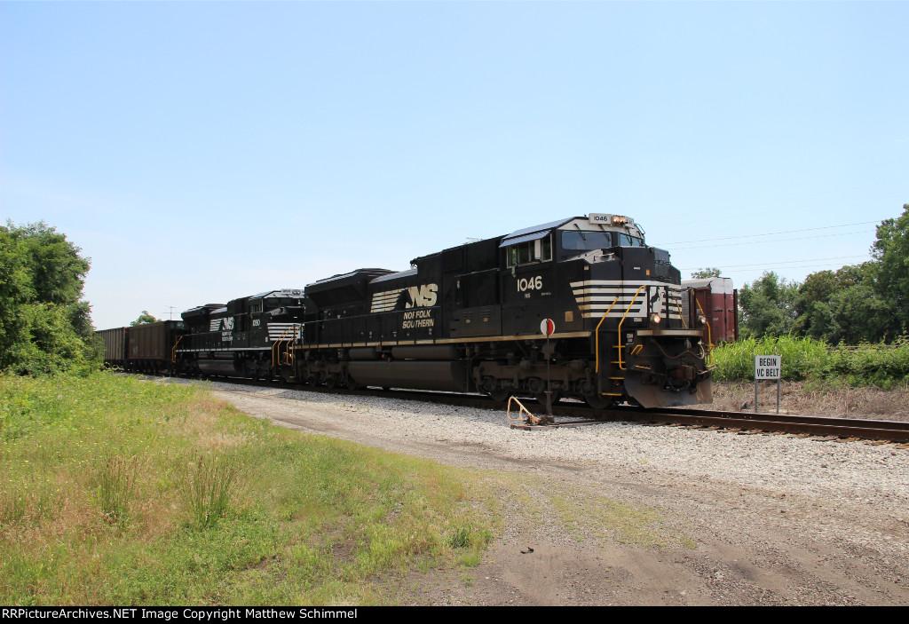 Empty NS Coal Through Brooklyn