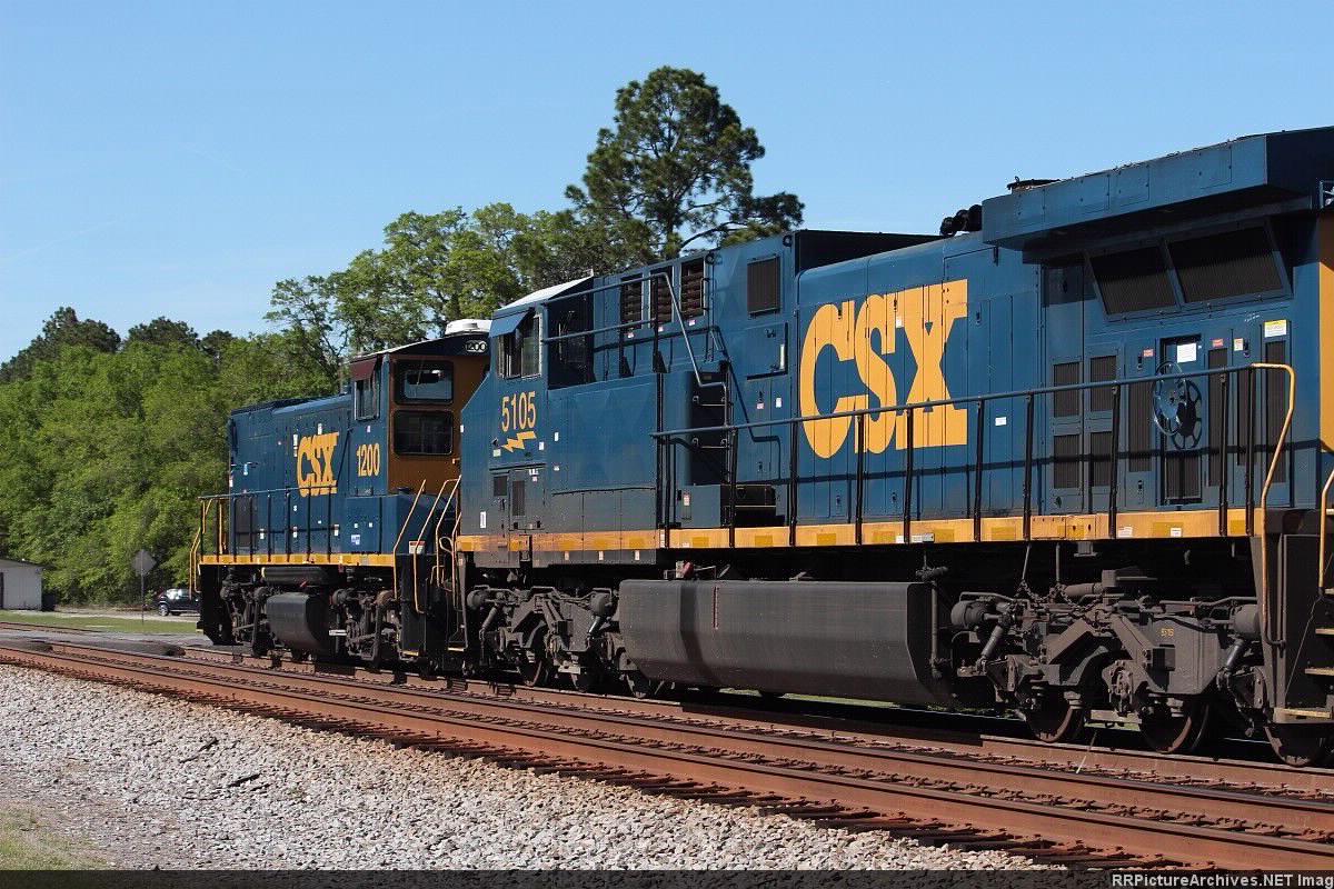 CSX 5105 & 1200