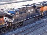 Geep vs. Gevo! NS 7522 ES40DC & BNSF 2684 GP39-3