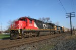 CN C40-8 coming off the C&O with auto parts