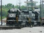 NS 3053(GP40-2) 719(RP-E4C)