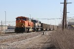 BNSF 8960 & 9444 roll west through Sunnyside with E945-28