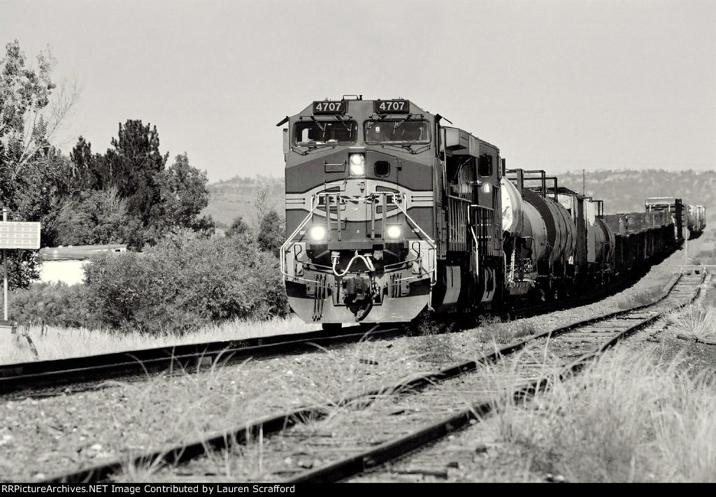 BNSF 4707 South