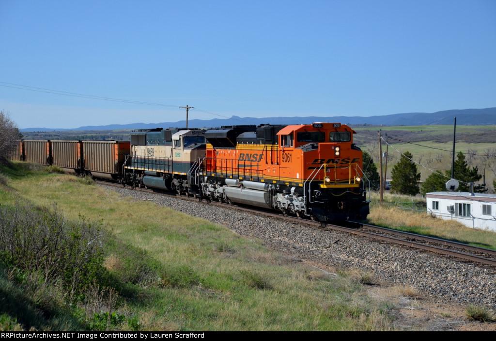 BNSF 9061 N/B