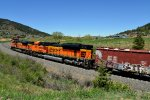 BNSF DPUS 8458/9215 train BNSF 8470 South